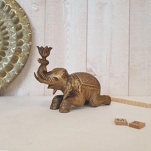 ancien éléphant en bronze