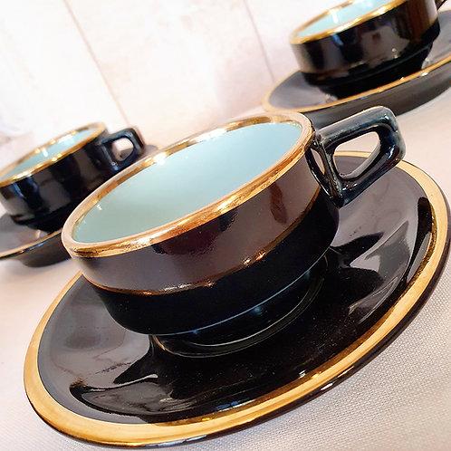 tasse café noir et bleu