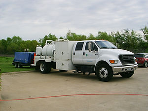 CFCS MDPE Unit with Vac Truck