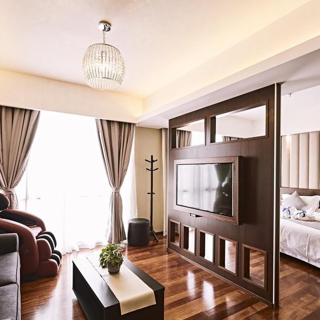 merintin master suite 02.jpg