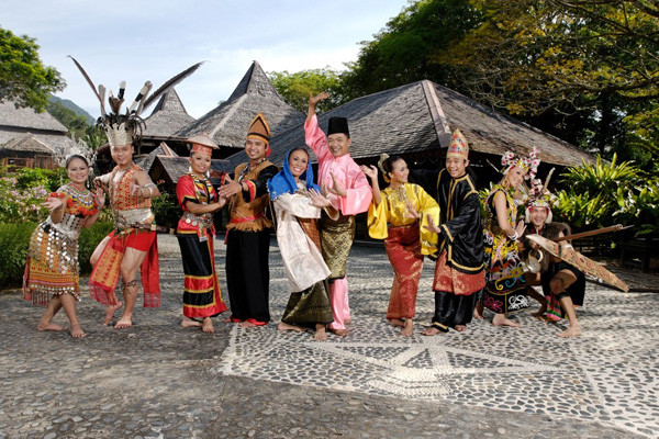 sarawak-cultural-village-16.jpg