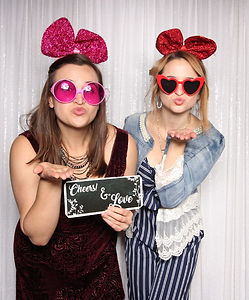 The White Barn Edna Valley Photo Booth H