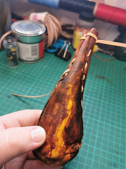 Leather Leaf Pouch