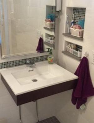 18-bath.jpg