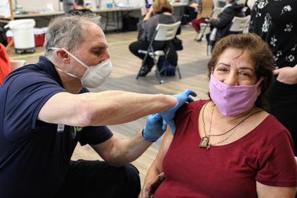 Latinos get vaccinated