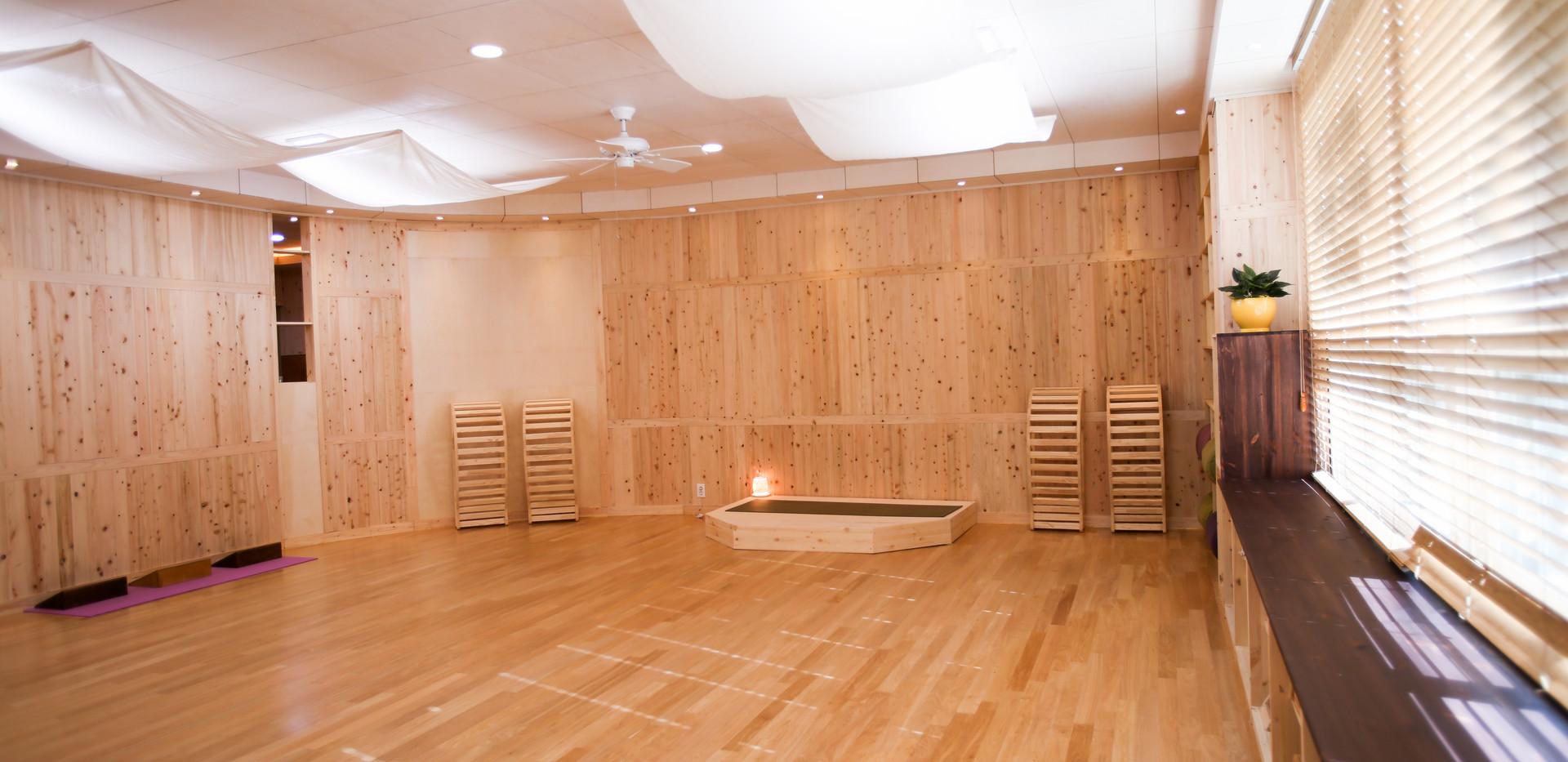 바닥까지 보일러로 따뜻한 수련실
