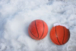 Snow-basketballs[1].jpg