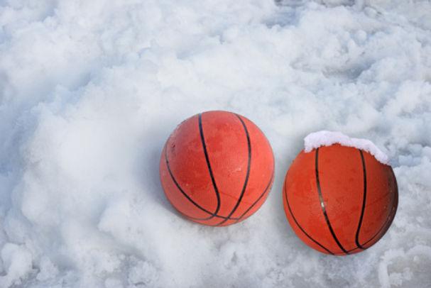Snow-basketballs[1].jpg