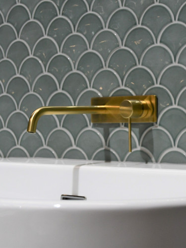 bathroom%2520fishscales%2520%2520tapware
