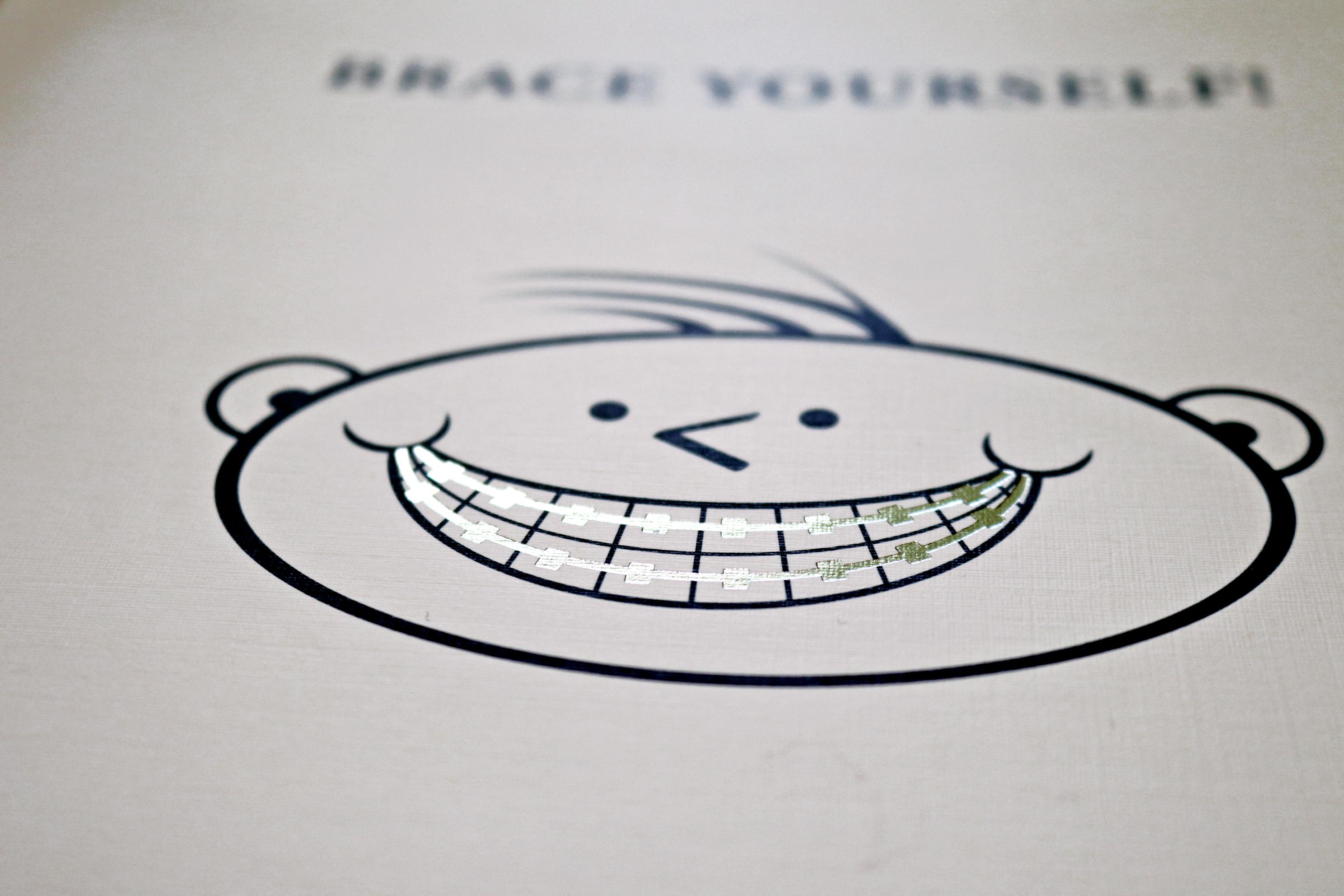 Foil Smile for Dentistry Folder
