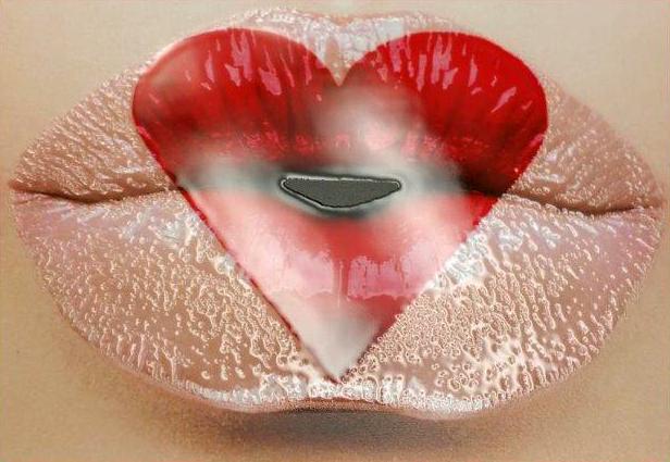 Heart Lips with Vivid UV