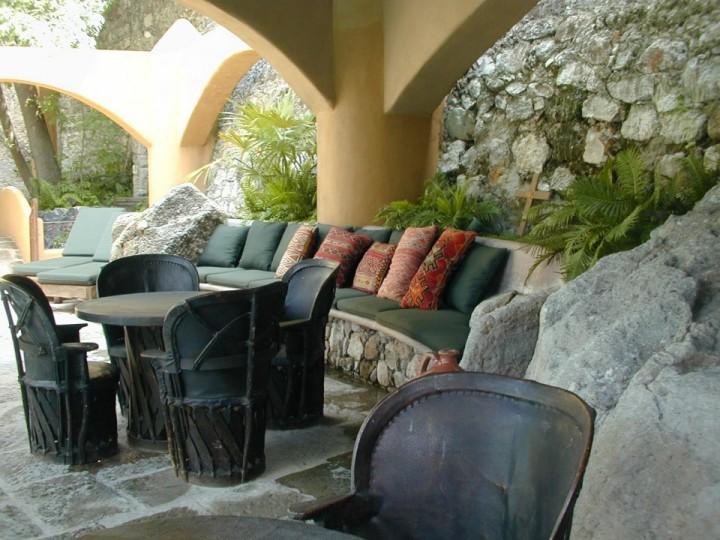 villaelcerrito_11 pool seating