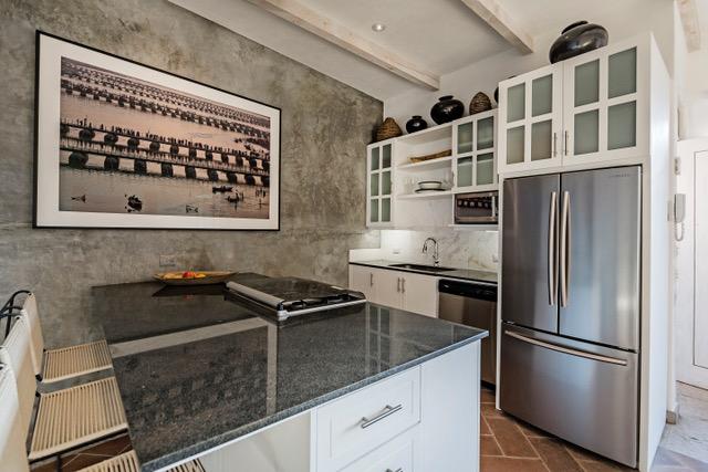 Casa Garita 17B kitchen
