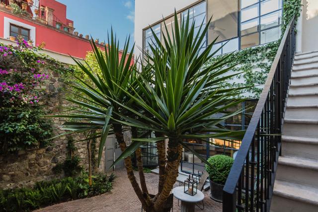 Casa Garita 17B patio entry