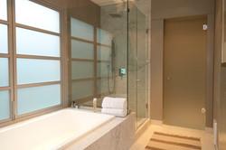 Casa Alegria bedroom 2 2nd floor bath sh