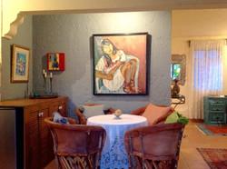 Casa Joanna dining table seats 4