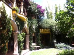villaclarabella_13 garden exterior