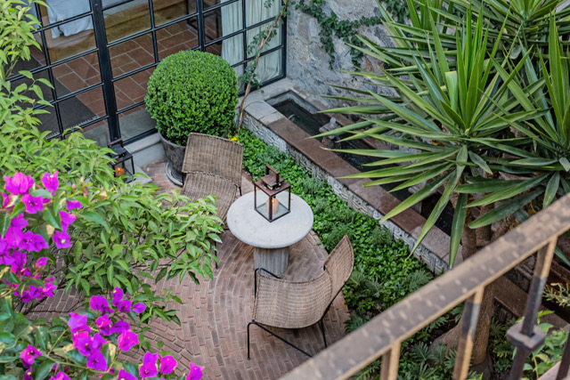 Casa Garita 17B exterior view of entry patio