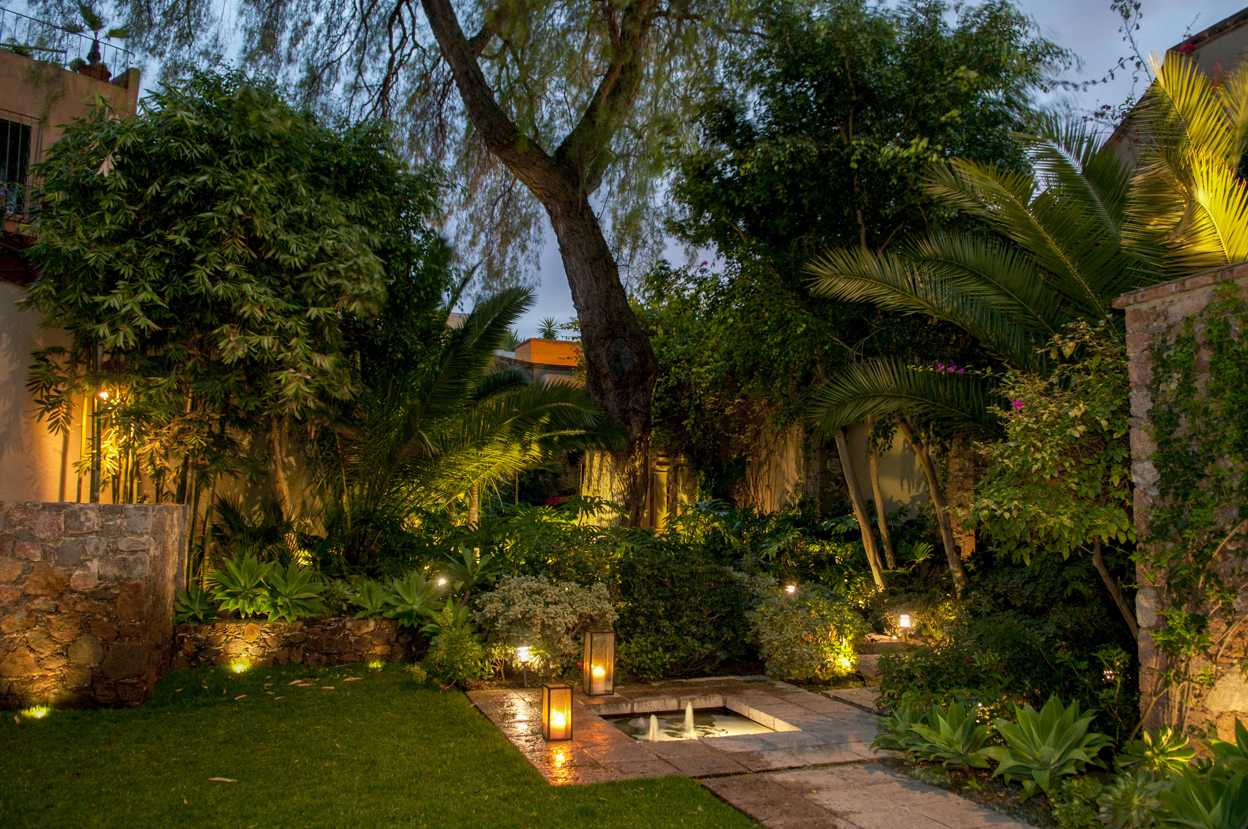 Casa Alegria garden at sunset