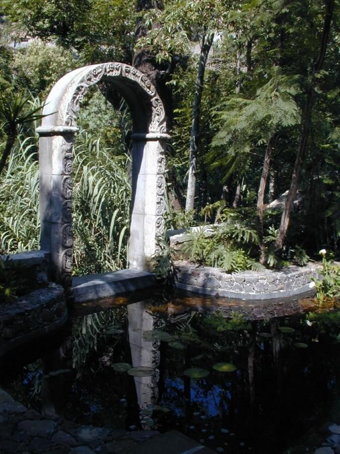 villaelcerrito_07 garden arch