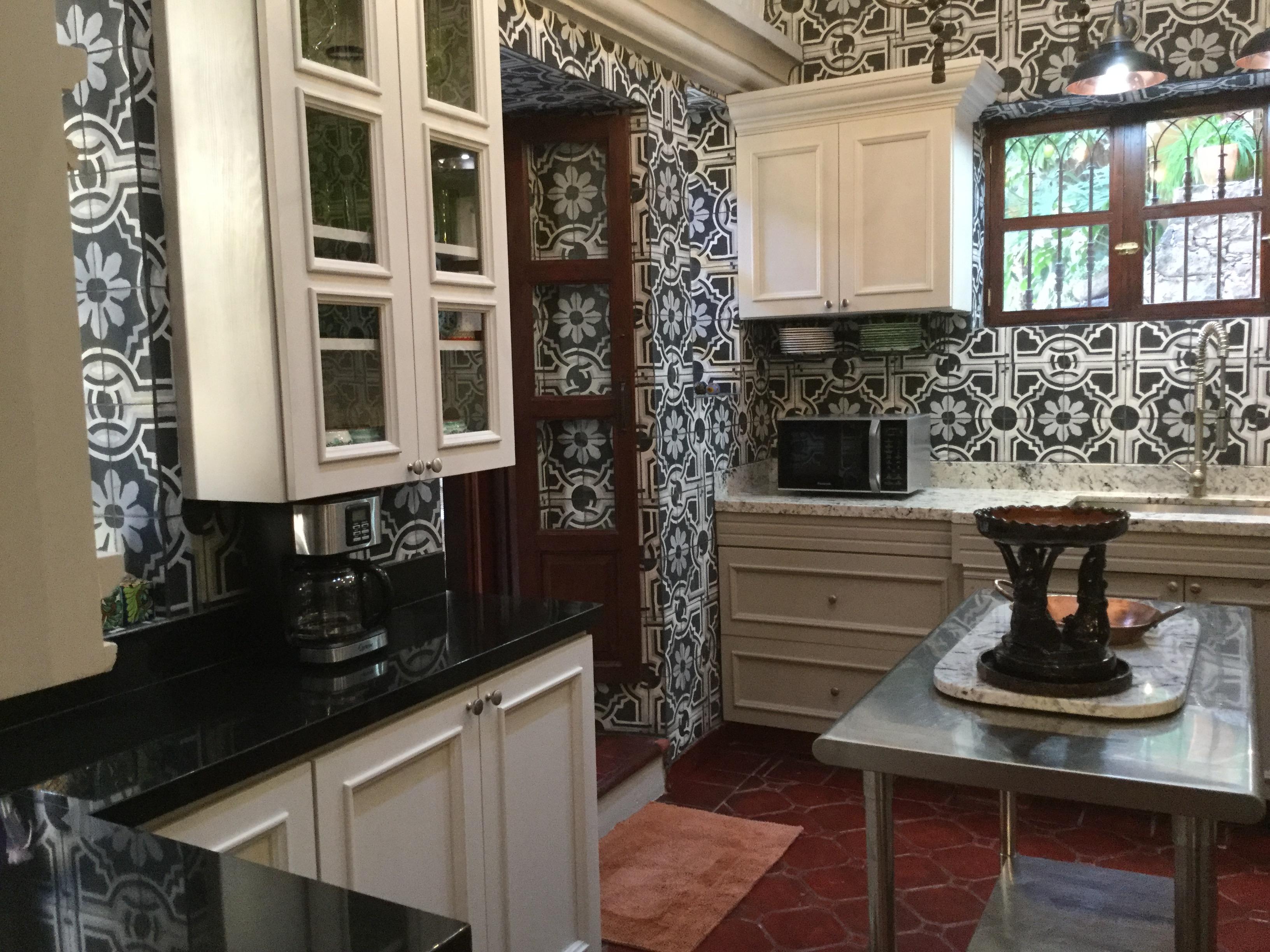 Casa Barranca kitchen 2