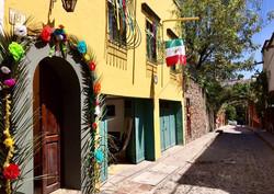 Casa Joanna exterior entry