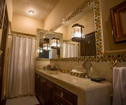 Casa Tres Angeles shared guest bath