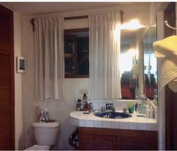 Casa Joanna master bath 2nd floor