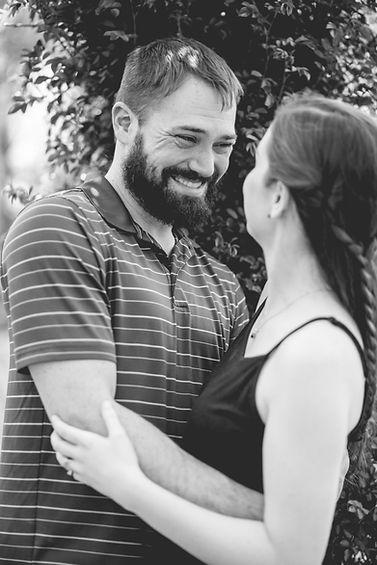 Elizabeth Park Engagement Session 2019-2