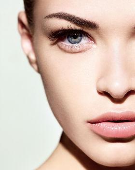 Extras, Alles für Ihre Schönheit (Augenbrauen, Wimpern,Waxingud mehr)