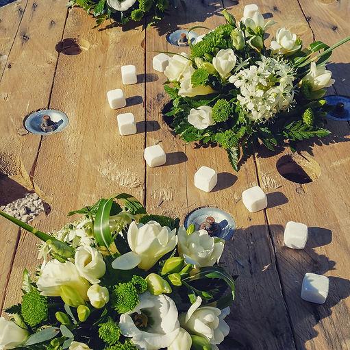 décoration table fleurs