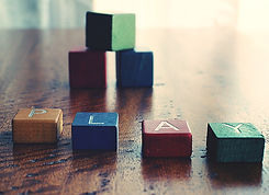 blocks-childrens-toy-cubes-1275235.jpg