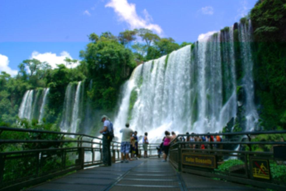 Cataratas de Iguazu Argentina.jpg