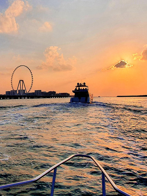 2 hrs | PRICE PER TOUR OF UP TO 6 | Private Speedboat Tour from Dubai Marina