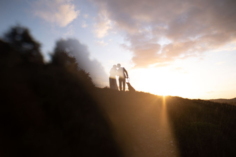 New forest wedding photographer: kiss at sunset