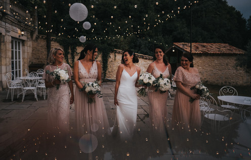 BRIDE SQUAD: Creative wedding photography