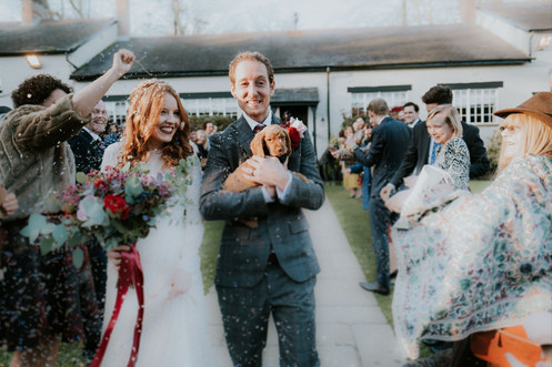 Creative wedding photography: Just married