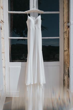 Creative wedding photography: Suzanne Neville Wedding Dress