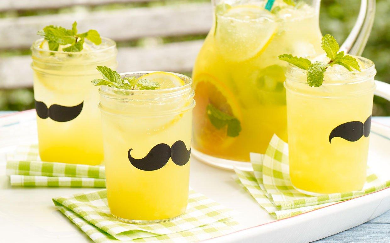 sparkling-bourbon-lemonade-ftr