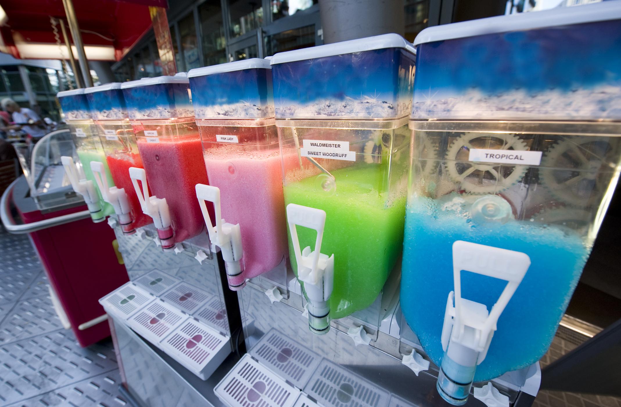 ice-slush-machine-15058501