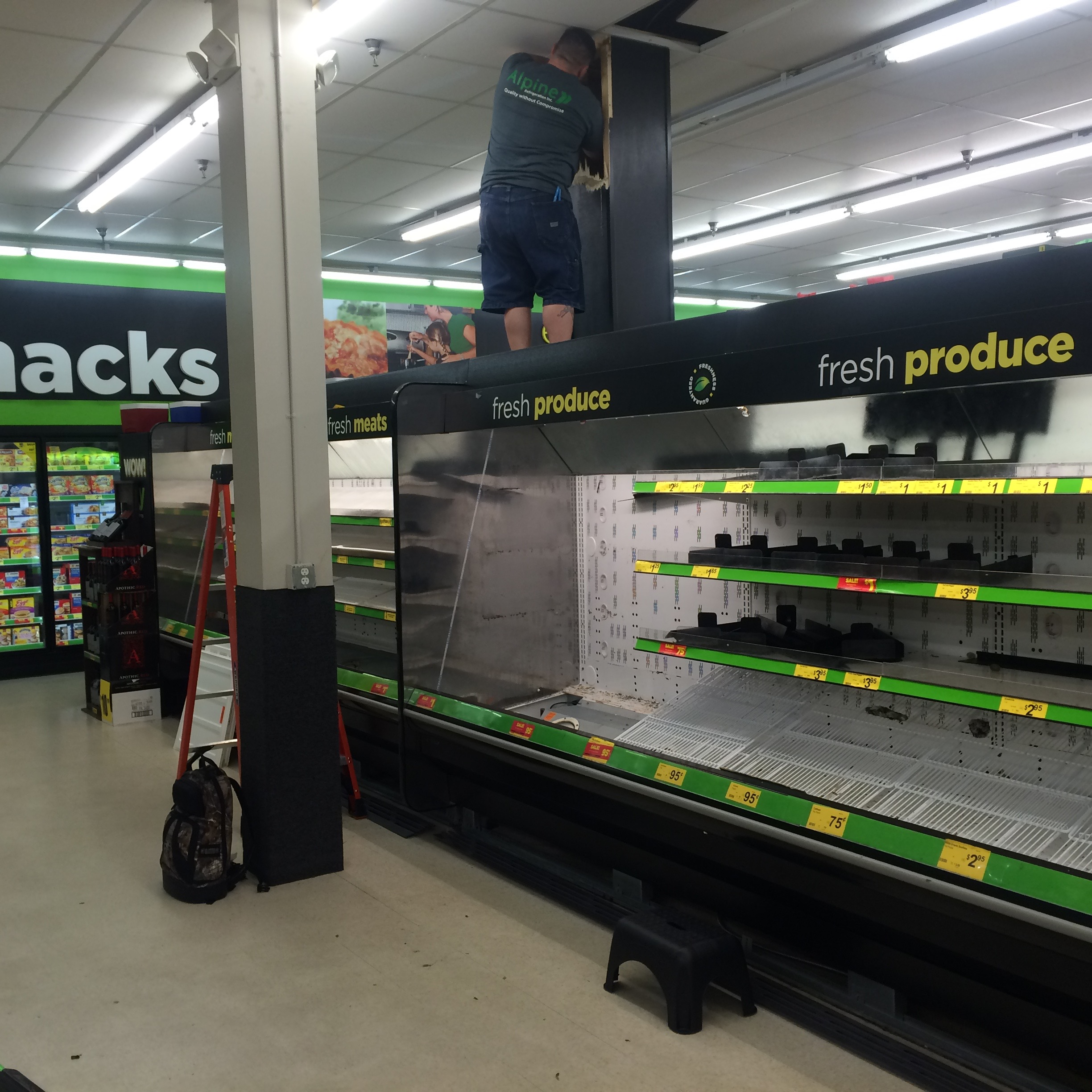 Produce refrigeration rack