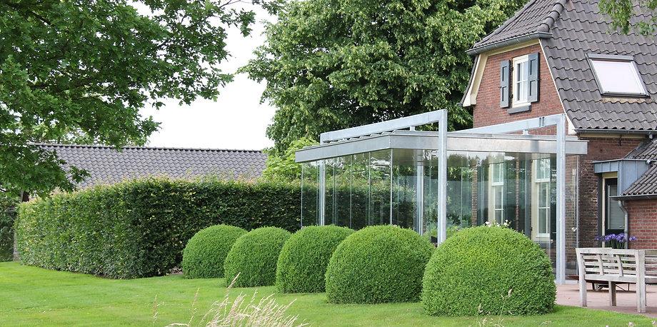 Wintergarten Heinsberg, große Wintergarten Möglichkeit in Heinsberg aus Iso-Glas und Aluminium als Anbau. Preisgünstige Kosten schlüsselfertig gebaut mit wenig ernergie zum kleinen Preis