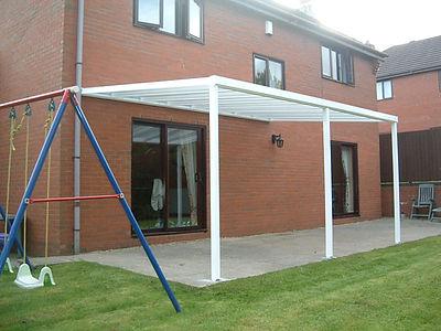 Terrassendach Bausatz, Terrassenüberdachungen zum selber bauen. Terrassendach Bausatz aus Aluminium mit Stegplatten oder Glas. Terrassendach Bausatz Preise Angebote Info's