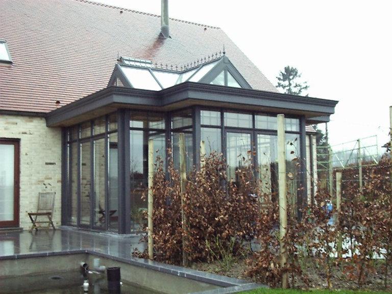 Wintergarten in Ruhrgebiet zum Wohnen als Dachwintergarten. Günstiger Anbau Wintergarten in Ruhrgebiet mit niedrigen Energie Kosten wegen Isolier Glas. Der im Wintergarten Angebot erzielte Preis wurde mit günstigen Wintergarten  Kosten im Ruhrgebiet.