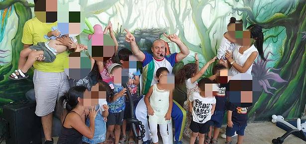 פעילות בחווה לילדי גן מעודה.jpg