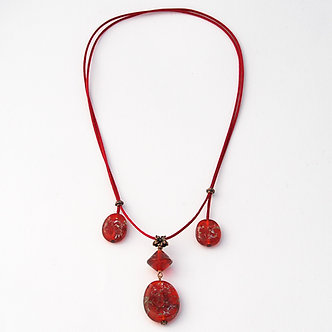 collier 4 perles rouge
