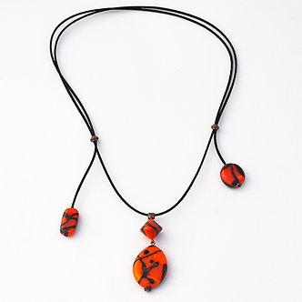 collier 4 perles rouge et noir