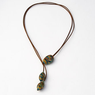 collier 3 perles camoufflage