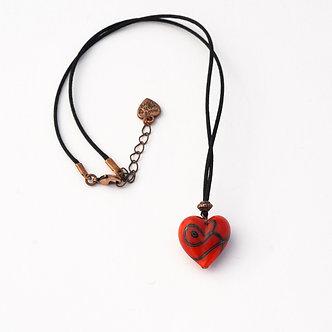 pendentif cœur rouge et noir