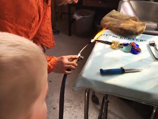 Ellediller og krokofanter: skulpturworkshop for barn